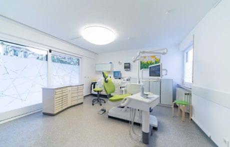 Behandlungszimmer 1 Zahnarzt Stuttgart