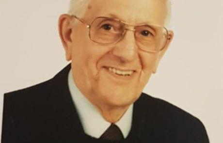 Dr. Kurt Siebert